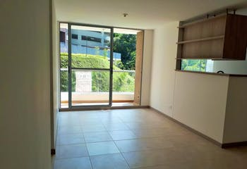 Apartamento en La Cuenca, Envigado - 67mt, tres alcobas, balcón