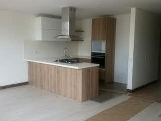Una cocina con una estufa de fregadero y nevera en Apartamento en Santa Paula, Santa Barbara - Tres alcobas