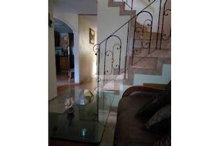 Casa en venta en La Cuenca con Jardín...