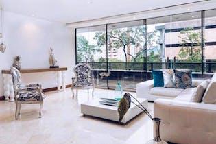 Apartamento en Provenza, Poblado - 136mt, tres alcobas, balcón