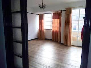 Una vista de un dormitorio con una puerta corredera de cristal en Apartamento en Las Nieves, Centro - Dos alcobas