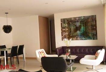 Apartamento en Castropol, Poblado - 125mt, tres alcobas, balcón