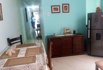Apartamento en Calle del Banco, Sabaneta - 92mt, tres alcobas, patio