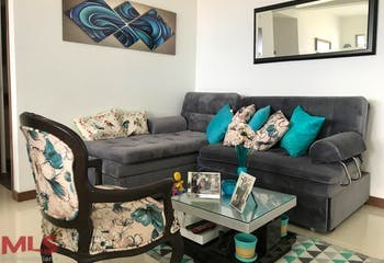 Apartamento en Calazans, La America - 84mt, tres alcobas, balcón