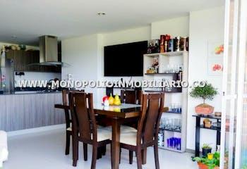 Apartamento en Riogrande, Rionegro - 188mt, tres alcobas, balcon