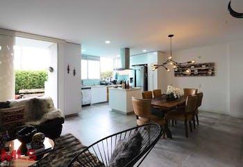 Apartamento en Envigado-Loma del Atravezado, con 3 Habitaciones - 215 mt2.