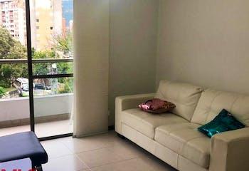 Apartamento en Loma de Cumbres, Envigado - 86mt, tres alcobas, balcón