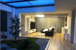 Casa en Loma del Chocho, Envigado - 918mt, duplex, tres alcobas