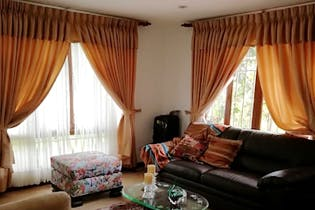 Casa en vereda los alticos San Antonio de Pereira, con 3 habitaciones-215mt2