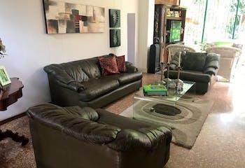 Casa en venta en Los Balsos con Solarium...