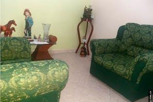 Casa en venta en Ditaires, Itagui. Con 4 habitaciones-100mt2