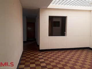 Un cuarto de baño con un lavabo y una puerta en No aplica