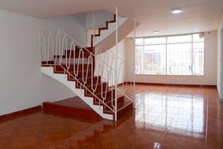 Casa en Los Andes, Barrios Unidos - 205mt, cuatro alcobas, terraza