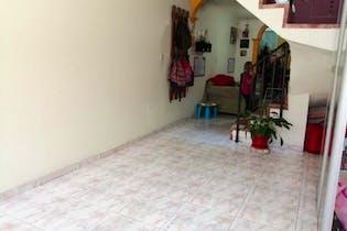 Casa en Santa Helena, Engativá-Bogotá, con 2 Habitaciones - 115.47 mt2.