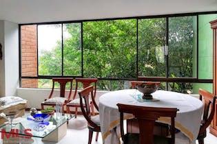 Apartamento en El Poblado-El Campestre, con 2 habitaciones - 89 mt2.