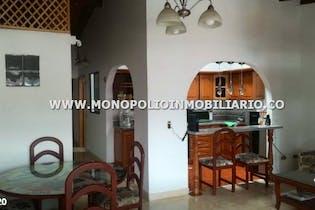 Casa en venta en Calasanz de 4 hab.