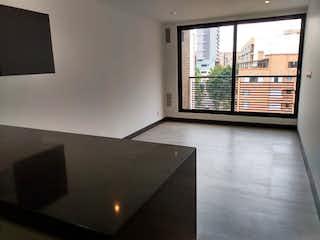 Una habitación que tiene una ventana en ella en Apartamento en Bella Suiza, La Carolina - Una alcoba