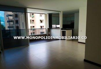Apartamento en Santa Maria de los Angeles, Poblado - 137mt, dos alcobas, balcón