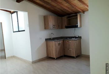 Apartamento en venta en Itagüí de 70m²
