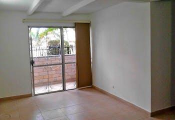 Apartamento en venta en Calasanz de 3 hab. con Zonas húmedas...