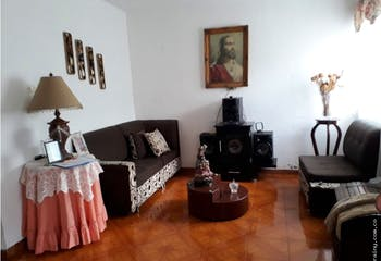 Casa en venta en San José, Itaguí. de 4 habitaciones