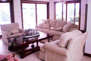 Casa en El Poblado-Las Palmas, con 4 Habitaciones - 680 mt2.