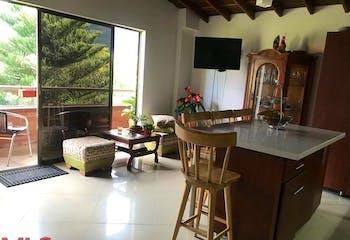 Apartamento en Barrio Obrero, Envigado - 95mt, tres alcobas, dos balcones