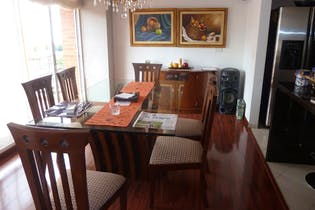Apartamento en Chico Navarra, Santa Barbara - Tres alcobas