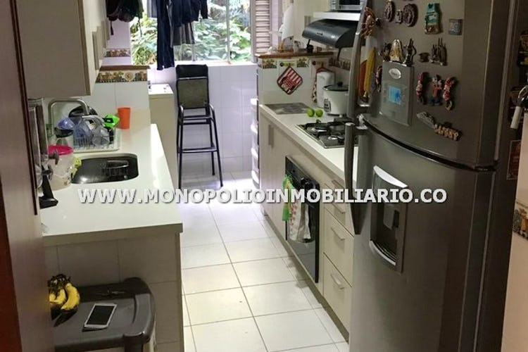 Foto 2 de Apartamento en Castropol, Poblado - Tres alcobas