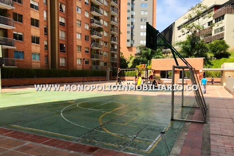 Foto 11 de Apartamento en Castropol, Poblado - Tres alcobas