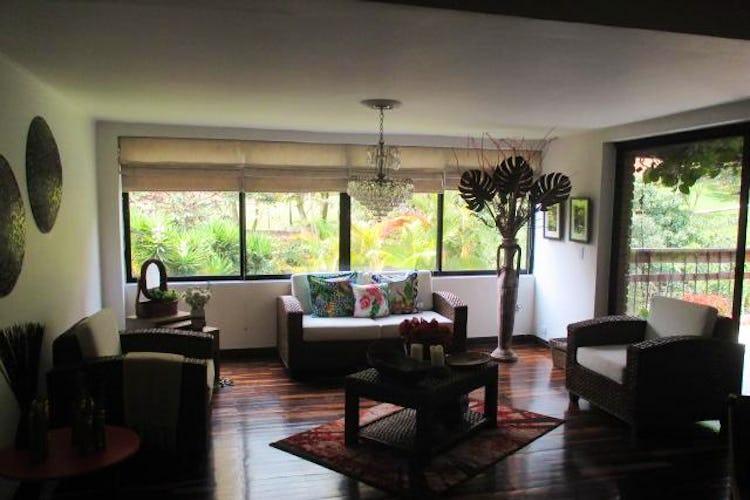Portada Casa en El Poblado-El Campestre, con 4 Habitaciones - 248,2 mt2.