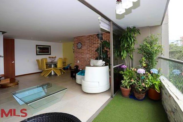 Portada Apartamento en San Lucas, Poblado - 120mt, tres alcobas, balcón