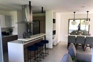 Apartamento en Loma De Los Mesa, Envigado - 153mt, tres alcobas, balcón