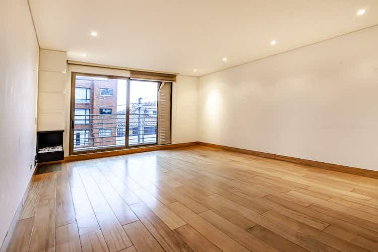 Portada Apartamento de 136m2 en Santa Paula, Bogotá - con tres habitaciones