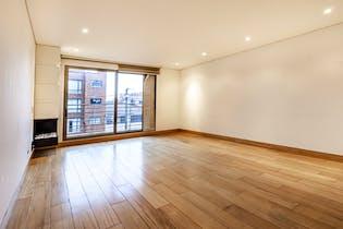 Apartamento de 136m2 en Santa Paula, Bogotá - con tres habitaciones