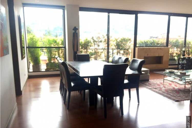 Portada Apartamento en La Carolina, La Carolina - 200mt, tres alcobas, balcón