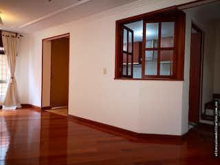 Una habitación que tiene una ventana en ella en La Alameda 170