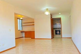 Apartamento en venta en Los Balsos de 94m² con Piscina...
