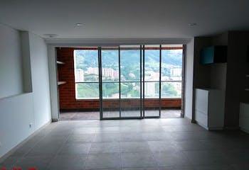 Apartamento en Loma de las Brujas, Envigado - 114mt, dos alcobas, balcón
