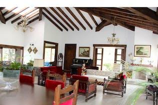 Casa en venta en Lomitas de 4 alcobas