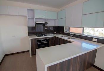 Apartamento en Santa Maria de los Angeles, Poblado - 107mt, tres alcobas, balcón