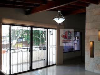 Una vista de una habitación con un gran ventanal en No aplica
