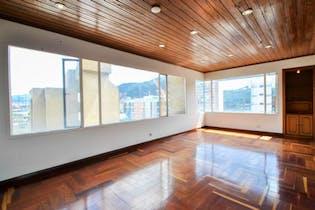 Apartamento en venta en El Nogal de 126m²