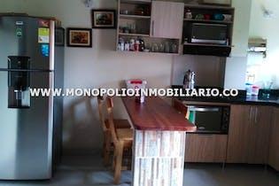 Apartamento duplex en Asturias, Itagui - Tres alcobas