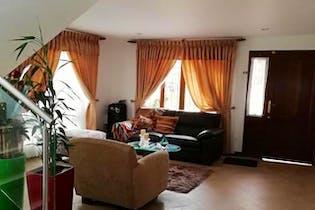 Casa en venta en San Nicolás de 3 alcobas