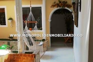 Casa en Niquia, Bello - 152mt, tres alcobas, patio