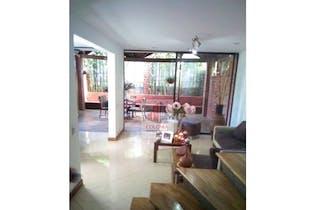 Casa en Belén-Loma de los Bernal, con 4 Habitaciones - 180 mt2.