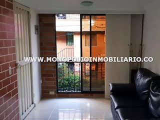 Una imagen de una sala de estar con una ventana en VILLAS DE COMFENALCO 6323