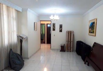 Casa en Engativá-Villa Amalia, con 4 Habitaciones - 180 mt2.