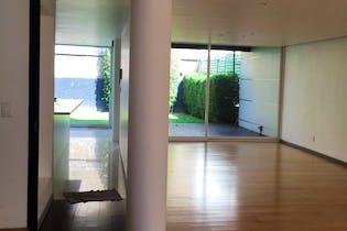 Casa en venta en Res Chiluca de 371 mt2.